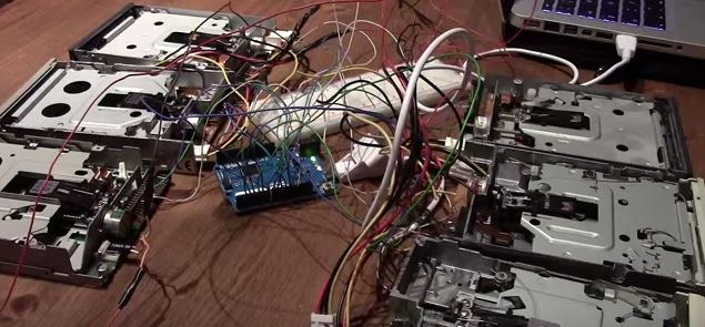 Música con tecnología nostálgica